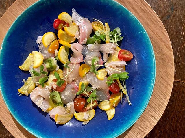 「三五八漬け鯛と夏野菜のカルパッチョ」の作り方