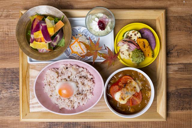 本日の850お豆カレー焼き野菜添え 850円(税抜)