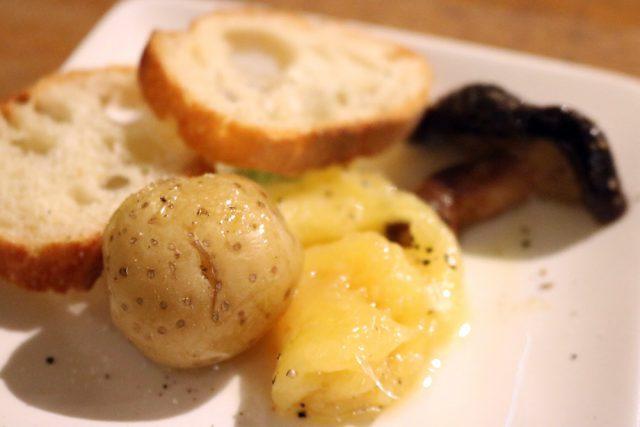 重田さんのチーズで作ったラクレットも振る舞われました
