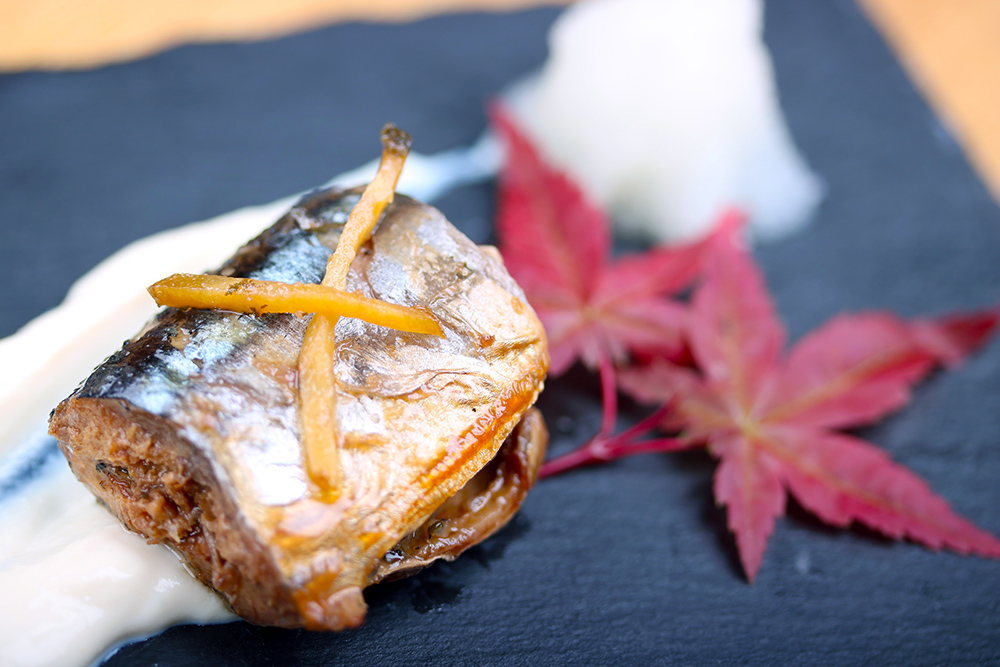 秋刀魚の甘露煮 塩麹豆腐クリーム添え