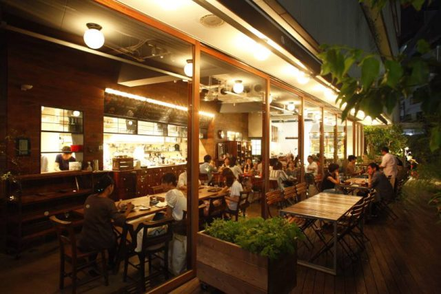 Daylight Kitchen is a well established organic restaurant located close to the heart of Shibuya.