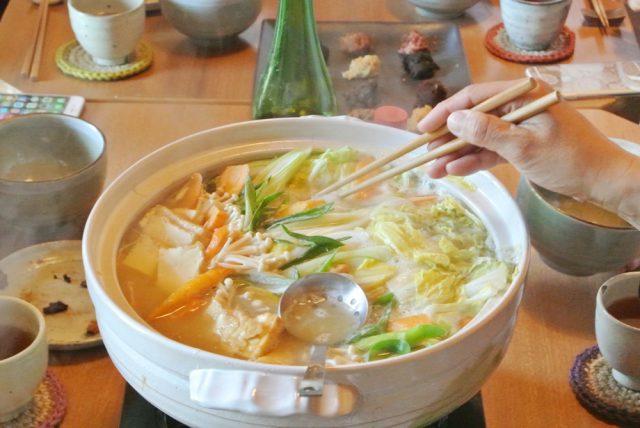 大豆のゆで汁で作った野菜たっぷりお鍋