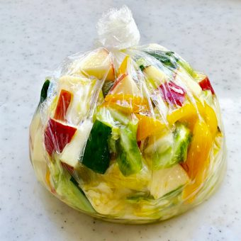 ポリ袋で簡単!飲む漬け物「水キムチ」レシピ