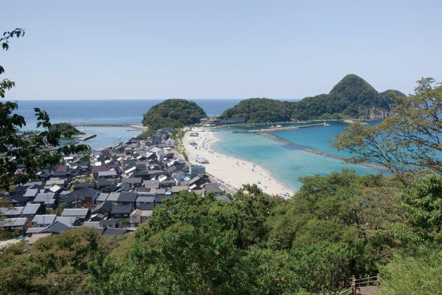 美しい竹野浜の風景