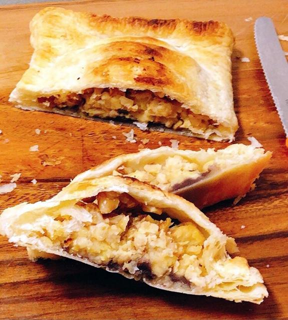 テンペのアレンジレシピ3:スイーツ&デザートに「テンペ入りあんこパイ」