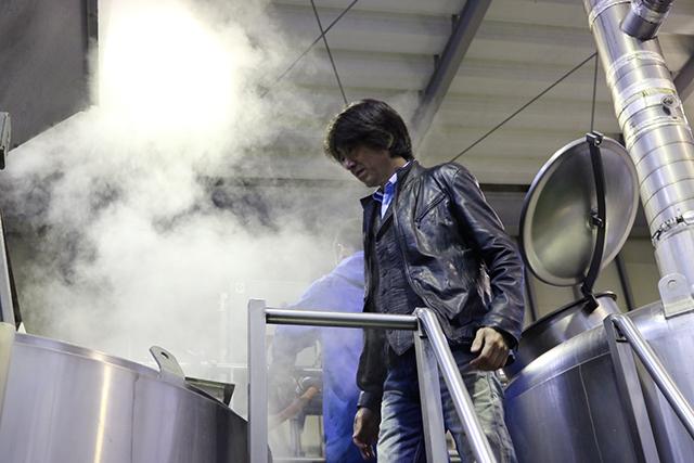岩本さん「そして、次に煮沸します。こちらは煮沸釜」