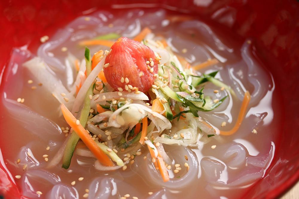 香味野菜とトマトの乳酸水キムチ&冷麺
