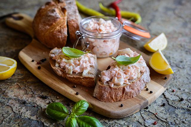 シャルキュトリとは、フランス語で「肉の加工品」
