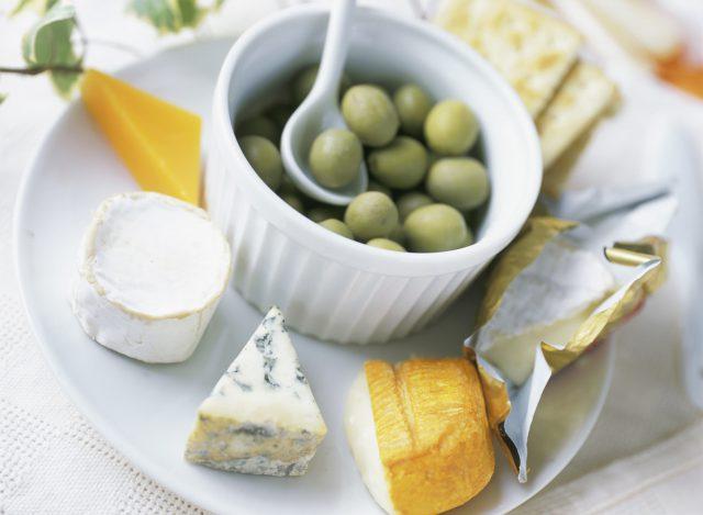 チーズはどのくらい食べるのが体にいいの?