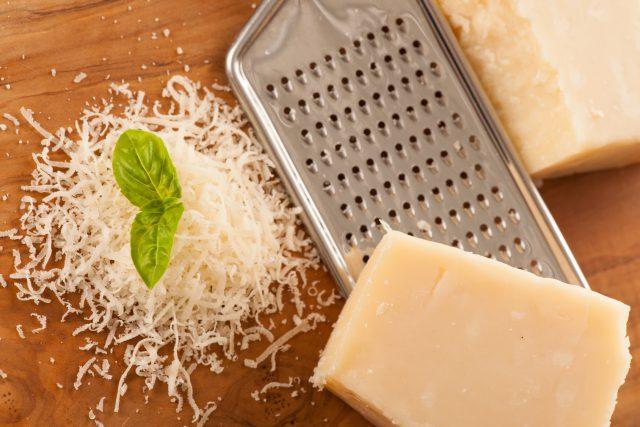 元気な骨をつくりたい人は「パルメジャーノ・レッジャーノチーズ」