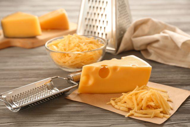 虫歯予防には「チェダーチーズ」?