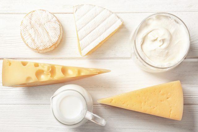 今回はチーズによるダイエット効果について『チーズの科学 ミルクの力、発酵・熟成の神秘』の著者である齋藤忠夫先生にお話を伺いました。