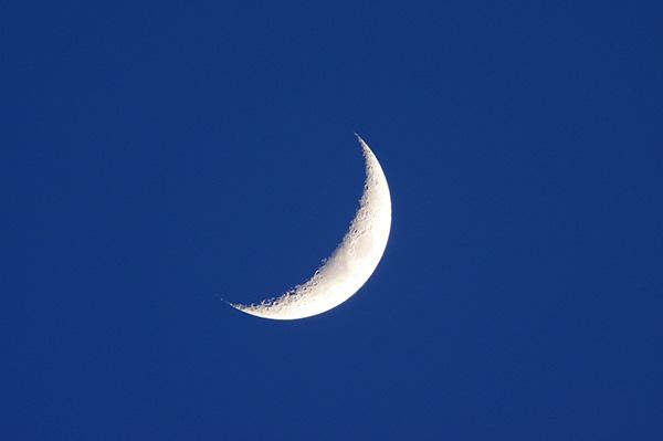 日本人が使っていた「朔弦望」という月の暦