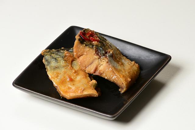 サバのぬか炊き(鷹の爪あり)