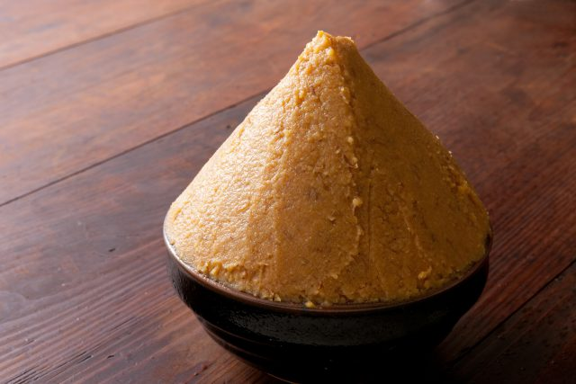 一度使って開封した後の味噌の使い方をご紹介します。