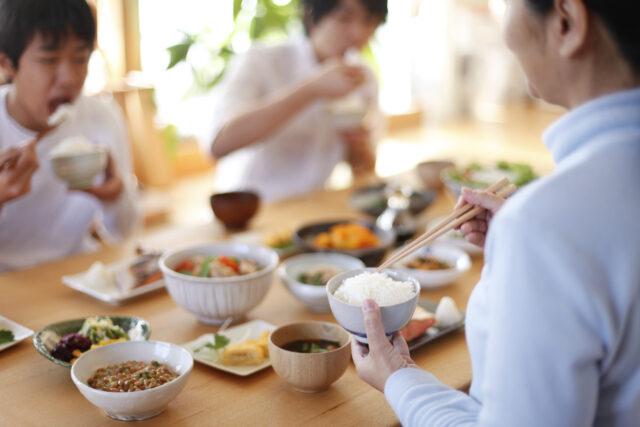 村上氏によれば、典型的な和食の朝食を希望予約する人の多くは関東出身者だとか