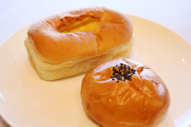 """さつまいもカスタードクリームパン,酒粕あんぱん,Cafe&Restaurant オリゼ[Oryzae]:小さな町の大きな""""醸し場"""" 「発酵の里 こうざき」に行ってみた:発酵ライフを楽しむ haccola(ハッコラ)"""