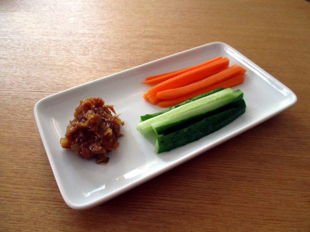 ごほうびごはん_野菜スティック_鹿児島の郷土食「豚みそ」を作る:haccola 発酵ライフを楽しむ「ハッコラ」