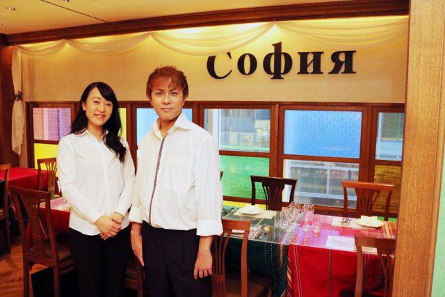 ブルガリアンダイニング ソフィア店長・重久公見さん、副店長・深谷綾乃さん