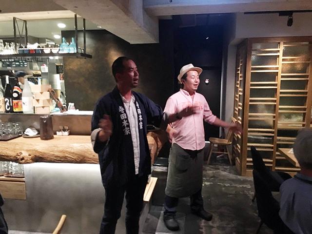 寺田さんと鈴木さんによる、寺田本家の「酛摺り(もとすり)歌」