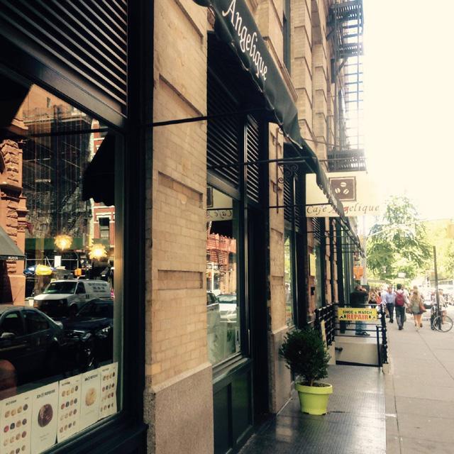 ニューヨーク、カフェ、通り_日本の発酵食をニューヨークから発信!誰もが理想とする「ホリスティック」とは【後編】:haccola 発酵ライフを楽しむ「ハッコラ」