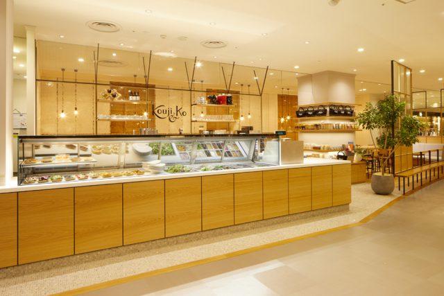 カウンター_発酵デリカテッセンカフェテリア「Kouji&ko(コウジアンドコー)」:発酵ライフを愉しむ haccola(ハッコラ)