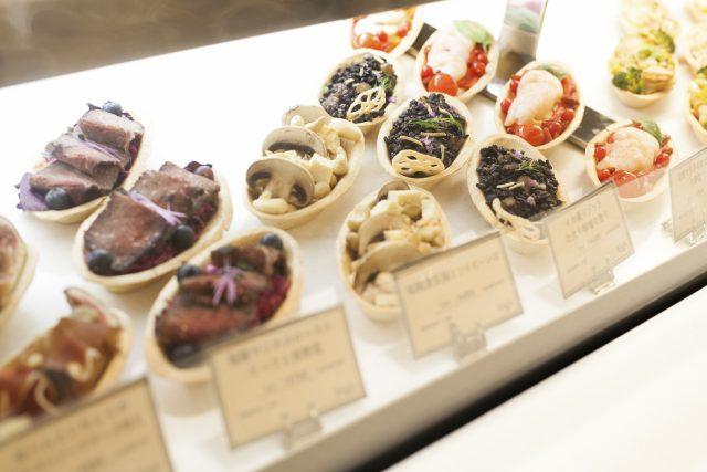 ディッシュ_発酵デリカテッセンカフェテリア「Kouji&ko(コウジアンドコー)」:発酵ライフを愉しむ haccola(ハッコラ)