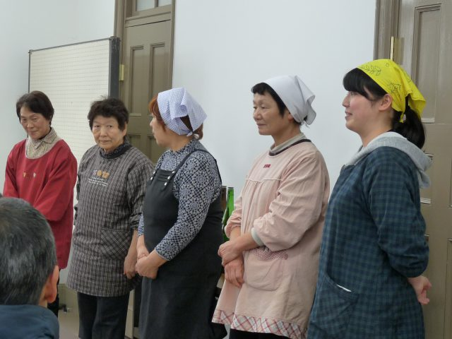 創作発酵料理や郷土食を用意してくださったのは「四季の会」という木曽の伝統食や郷土食を守っていくための活動をされている主婦の方々。