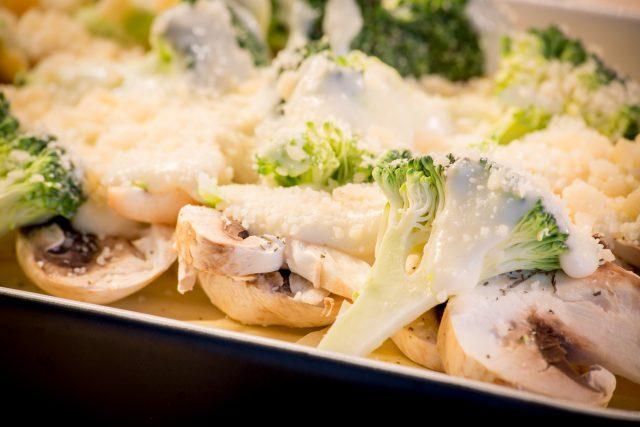 野菜のとろけるチーズかけ_食べるだけで、若くキレイになる方法:haccola 発酵ライフを楽しむ「ハッコラ」
