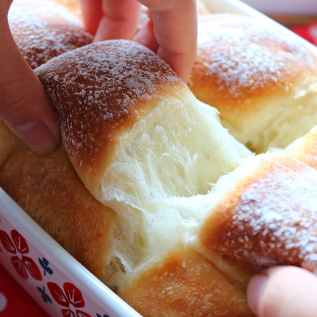 ホーロー容器でパン作り!ボウルやこね台ナシで本格的な味『魔法のホーローパン』
