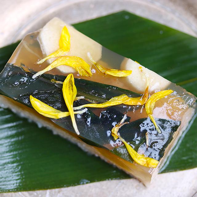 海老のしんじょと秋野菜の煮こごり
