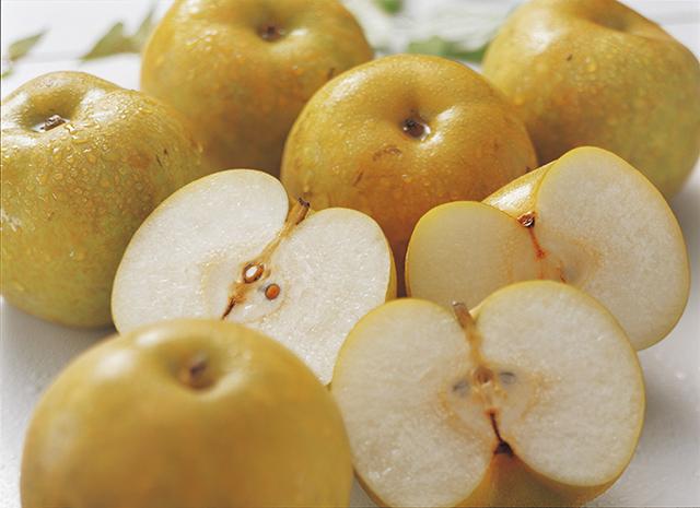 梨は丁寧に洗いましょう