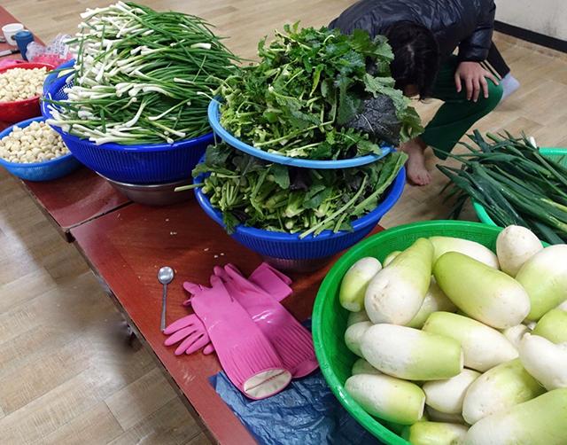ヤンニョムに入れる野菜を切る:ヤンニョムの下準備