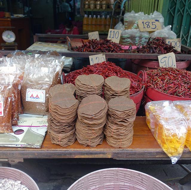 タイの市場で売られているトナオ