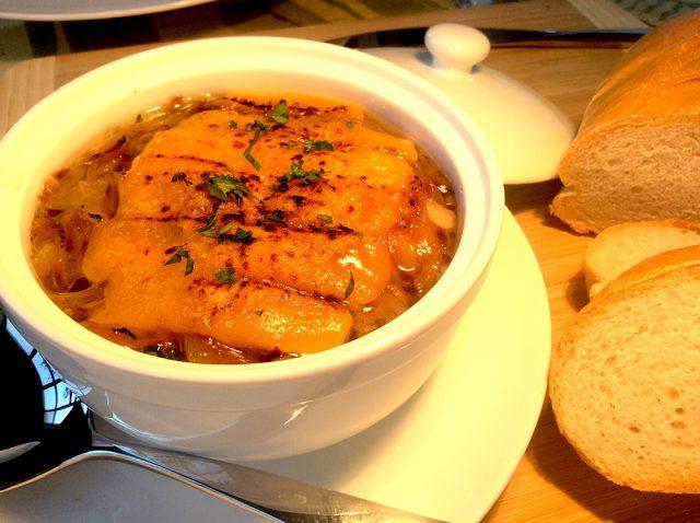 【酒粕オニオンスープ】ニューヨーク発!ホリスティックシェフJayさんの発酵レシピ:haccola 発酵ライフを楽しむ「ハッコラ」
