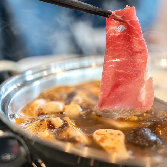 スパイシーでマイルド♡豆板醤と甘酒を使った「発酵薬膳火鍋」レシピ