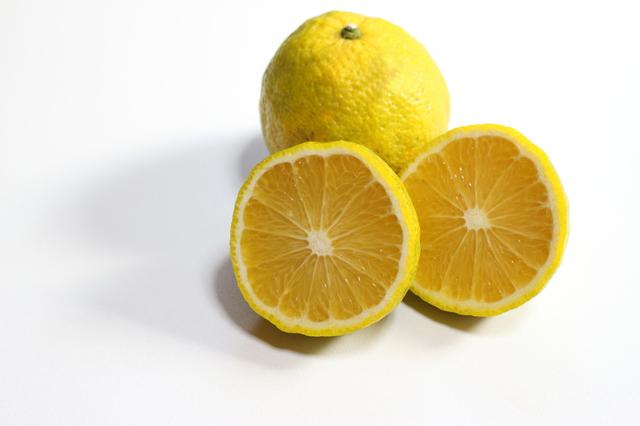 「じゃばら」とは、和歌山県の北山村にしかない柑橘類