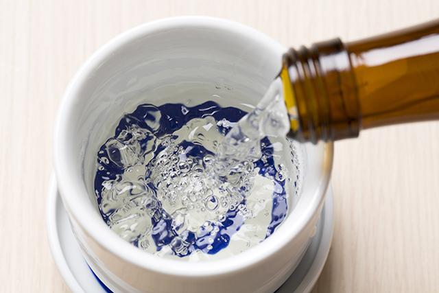 「サバの麹フリット 梨酢添え」に合うのは、発酵居酒屋5でも人気のあのお酒
