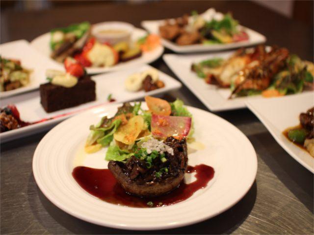また、夜のたまな食堂は、フレンチレストランのようにコース料理が中心。華やかなコースメニューは前菜だけで3~6品も供され、一皿一皿、運ばれるたびに歓声があがるのだとか。